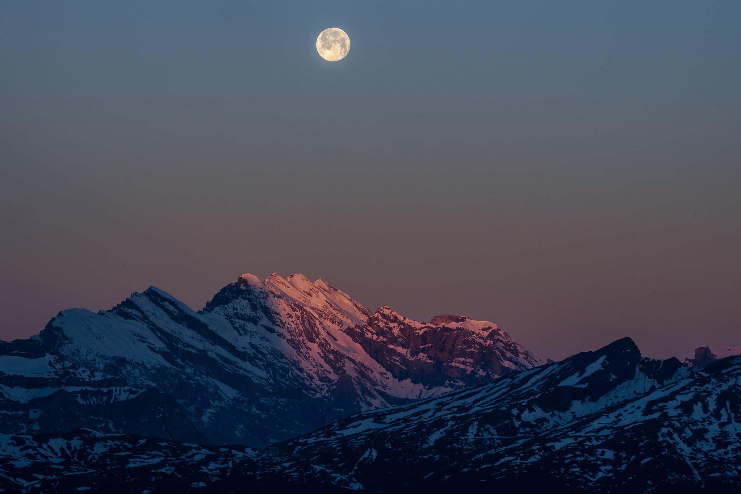 Blaue Stunde - Monduntergang